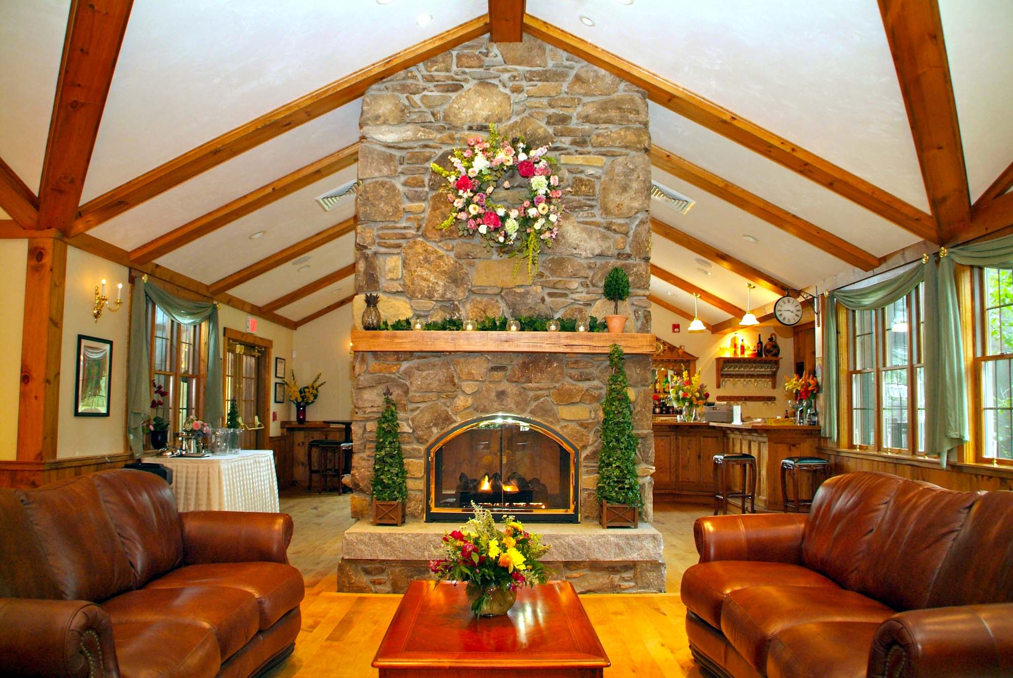 Massachusetts Tented Wedding Venues, Indoor Barn Weddings